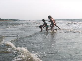 Бегущие дети
