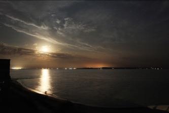 Ночь на берегу моря